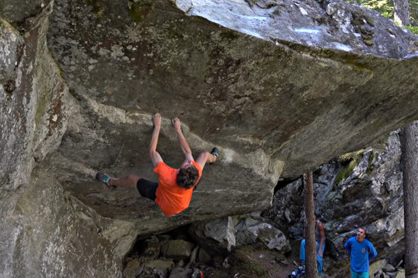 Giuliano Cameroni Makes the First Ascent of Power of Now (V15)