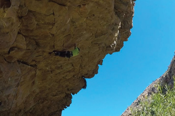 Clinton bags the second ascent of Chongalolo (34) at Waterworld in Montagu